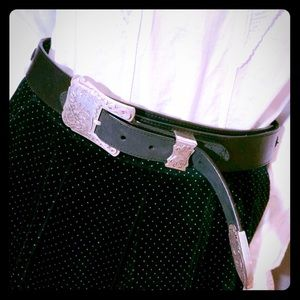 OLGA SANTINI BLACK LEATHER BELT TOOLED SILVER